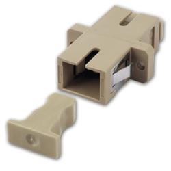 Image of · Adattatore a bussola SC (UPC) / SC (UPC) SIMPLEX multimodale · Per montaggio su distributori a pannello o box a muro· Struttura in plastica colore beige, ferrula in metallo e aggancio a scatto